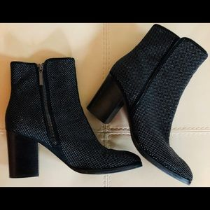 Donald J Pliner Micro Stud Booties Ankle Boots 8 M